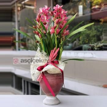Canlı Çiçeklerle Dekorasyon Fikirleri