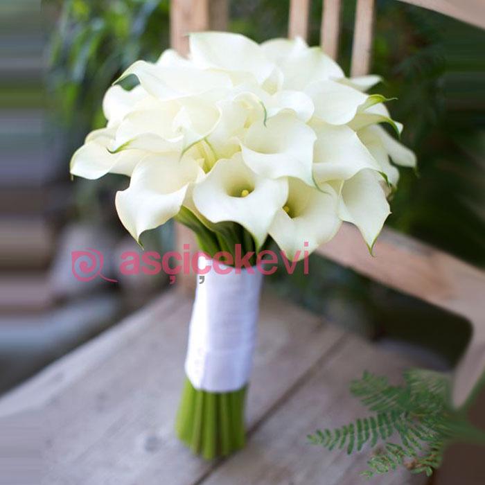 Beyaz Gala Gelin Buketi