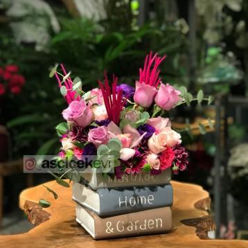 Kitaplar Çiçek Açtı