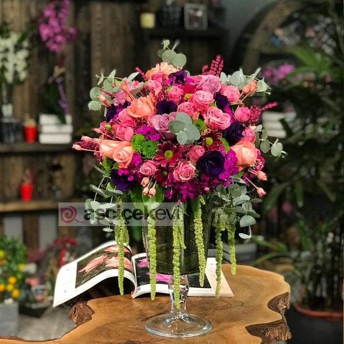 Mevsim Çiçekleri ve Güller