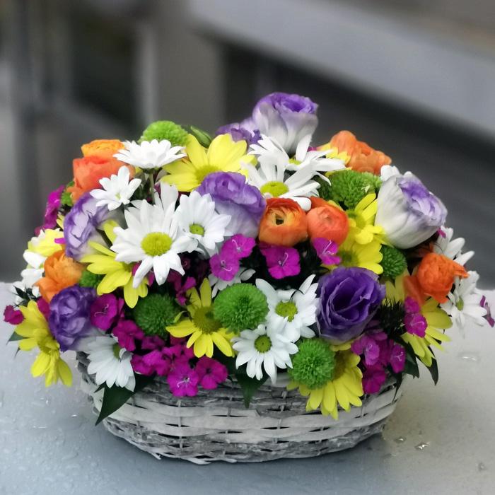 Kır Çiçekleri Sepeti alt