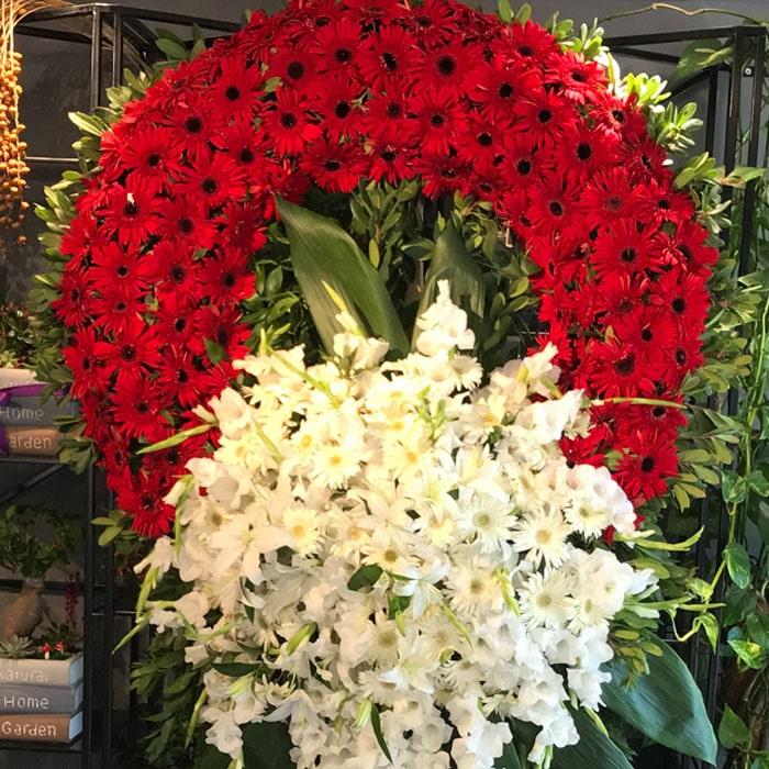 Kırmızı Beyaz Cenaze Çelenk alt