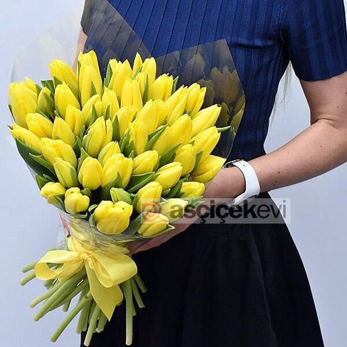 Sarı Lale Buketi